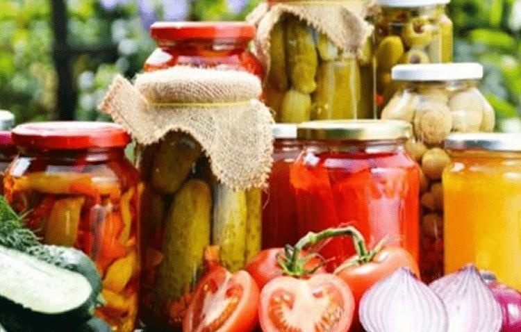 Πώς να αποθηκεύσεις τα καλοκαιρινά φρούτα και λαχανικά για το χειμώνα