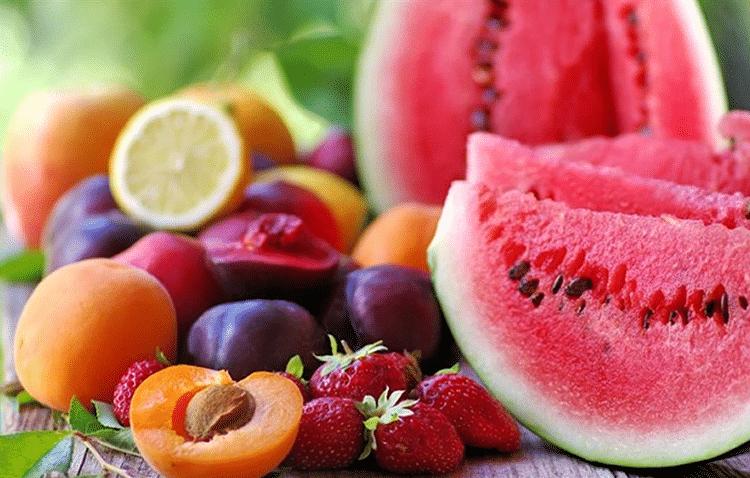 Τα αμέτρητα οφέλη του βασιλιά του καλοκαιριού: Ποιο φρούτο πρέπει οπωσδήποτε να εντάξεις στην καθημερινή διατροφή σου;
